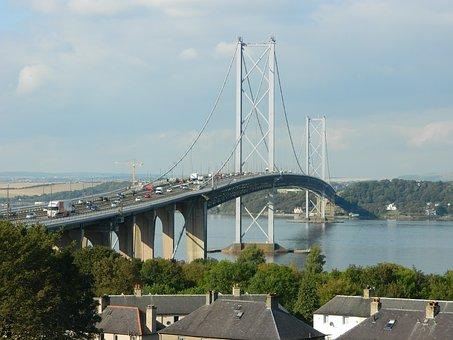 Dieses Bild hat ein leeres Alt-Attribut. Der Dateiname ist Forth-Road-Bridge-Scotland-2.jpg